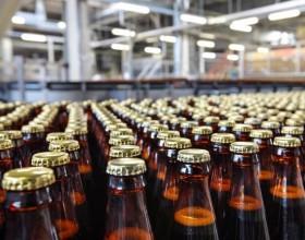 Производство пива в России сократилось на 2,4% в 2017 году. (ОБЗОР СМИ по теме)